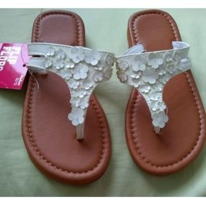 Other - Little Girl's Flower Sandals (Flip Flops) White